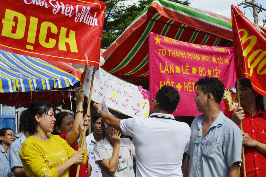 Những slogan khá tự tin thể hiện sự quyết tâm, đoàn kết của CB-CNV 3