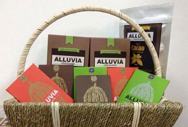 Chế biến món ngon từ socola để làm quà tặng người yêu