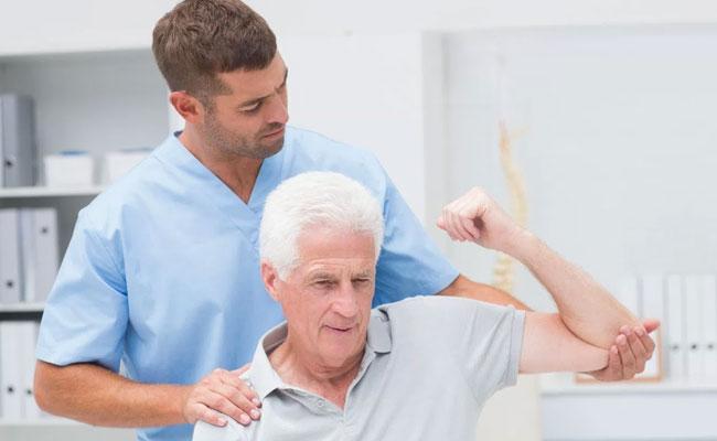 Điều trị hóa khớp vai bằng phương pháp vật lý trị liệu