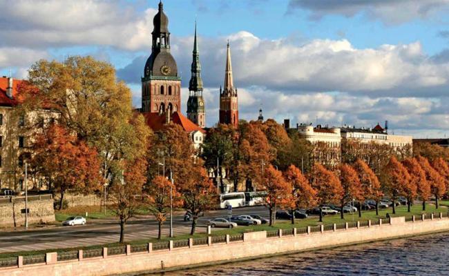 Cuộc sống tại Latvia, với đường phố xanh sạch đẹp