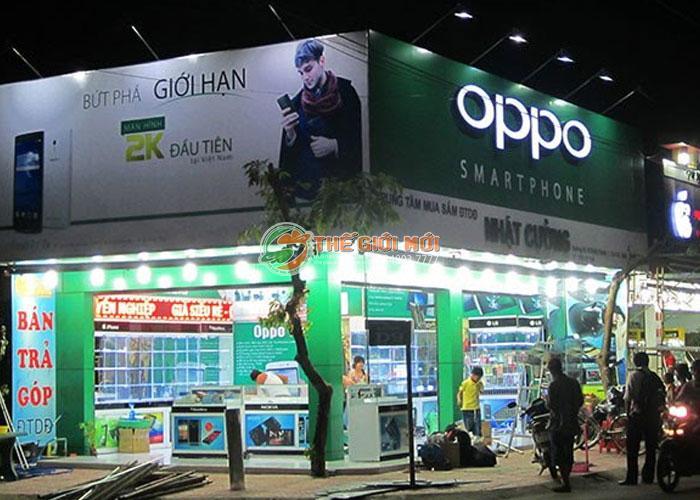 Biển hiệu quảng cáo cho hệ thống Oppo