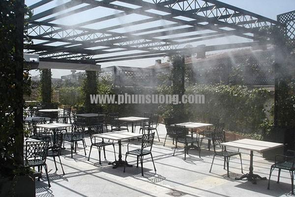 Hệ thống phun sương Hawin được sử dụng ở quán café tại Vĩnh Phúc