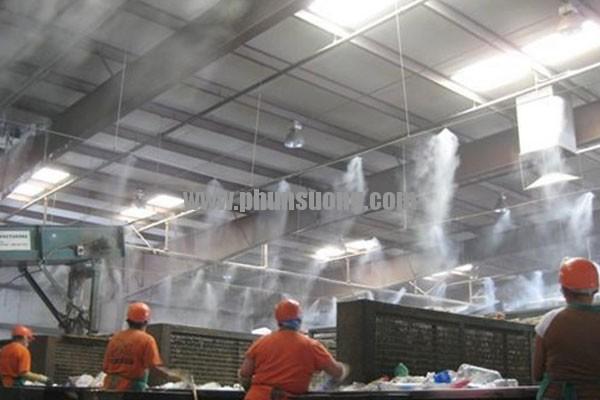 Phun sương Hoàng Hà dùng trong nhà xưởng ở Tuyên Quang