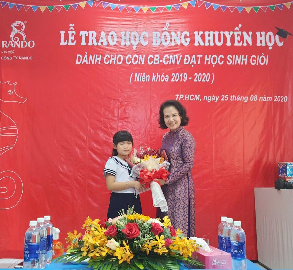 Bà Đoàn Thị Phượng - Phó chủ tịch HĐTV RANDO