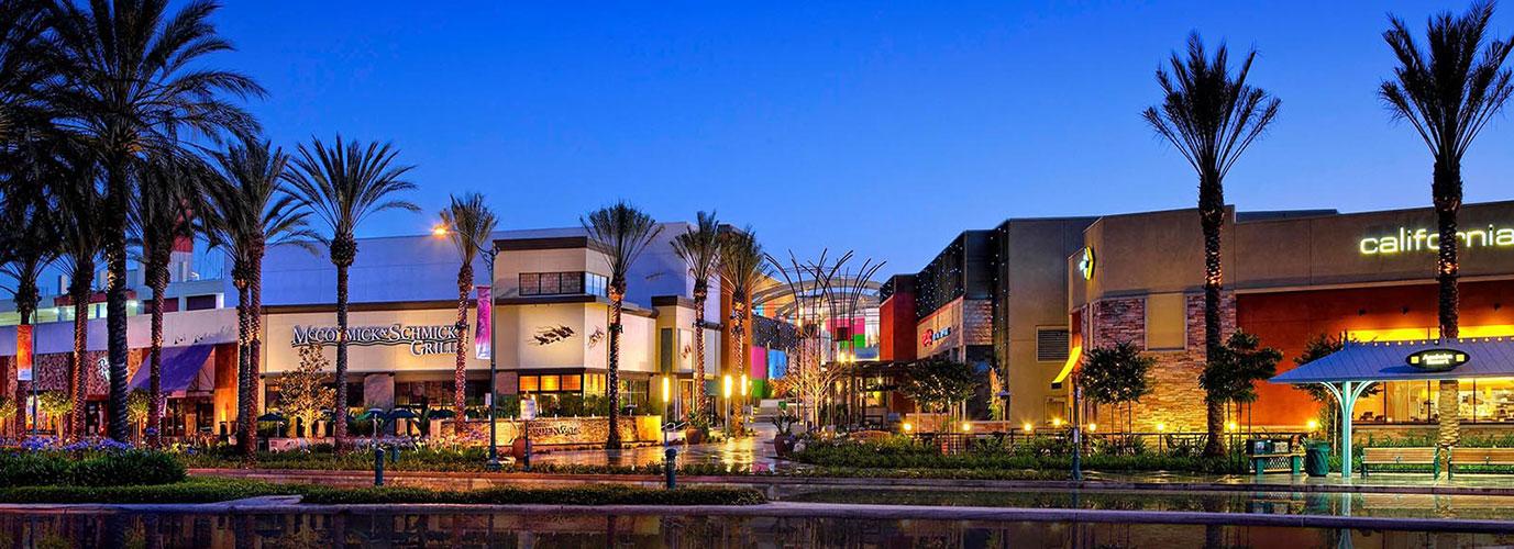 Anaheim gardenwalk 0 6 miles from property anaheim - House of blues anaheim garden walk ...
