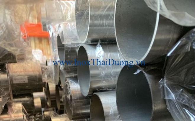 Bảng giá ống inox 304 phụ thuộc vào nhiều yếu tố