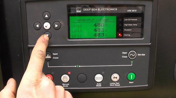 Bảng điều khiển màn hình LCD có chế độ bảo vệ dừng khẩn cấp